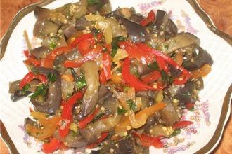 Закусочка из баклажан
