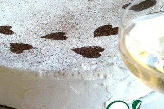 Праздничный кокосовый торт с кофейным кремом