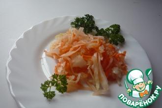 Капуста квашеная с яблоком и морковью
