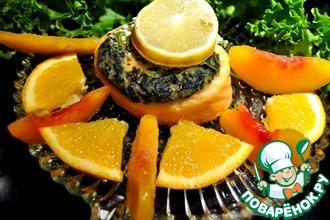 Запеченный рулет из семги и сыра фета с зеленью