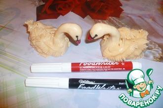 Лебеди из мастики