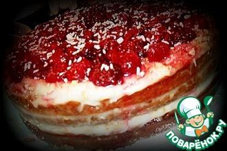 Постный медовый торт с ягодами и орехами