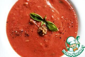 Томатный крем-суп с грецкими орехами