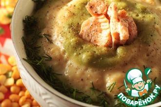 Гороховый суп-пюре с лососем