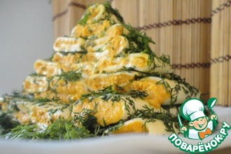 Закусочная ёлочка из острых сырных рулетов