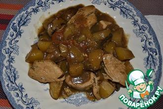 Рагу с картофелем, шампиньонами и куриной грудинкой