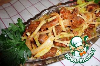 Корейский салат из куриных желудков с редькой