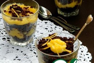 Шоколадный пирог с лимонным курдом и воздушной меренгой