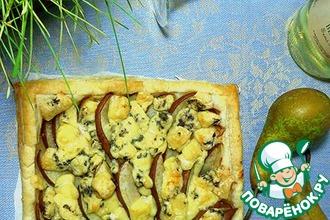 Пирог с грушами и сыром