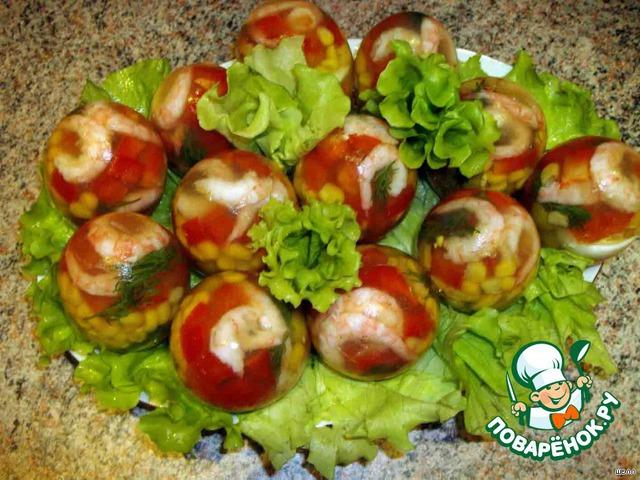 После - чистим их, как обычные яйца, выкладываем на листья салата - и наш красавец-закусон - готов!!!