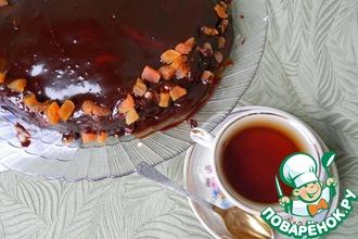 Шоколадный торт с творожными шариками и курагой