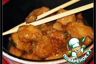 Курица в кисло-сладком соусе с кунжутом