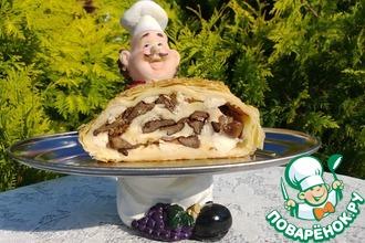 Рулетный пирог с грибами и курицей