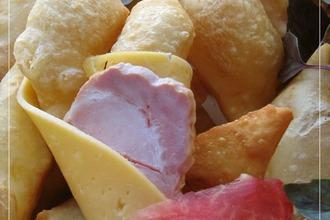 """Итальянские соленые пончики """"Ньокко фритто"""""""