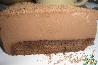 Торт с муссом из молочного шоколада