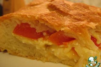 Закрытый пирог с сыром и помидорами
