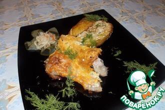 Курица с фаршированным картофелем