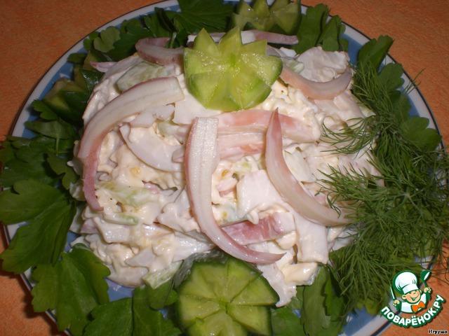 Наш салатик готов! Украшаем зеленью и на стол!   Очень вкусно! Попробуйте на праздник!    ПРИЯТНОГО АППЕТИТА!