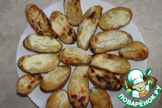 Картошка запеченная со сметаной в духовке