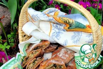 Ржаные пирожки с фаршем, капустой и крапивой