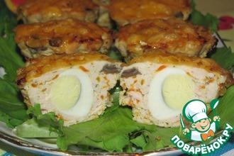 Мясные кексики с перепелиными яйцами