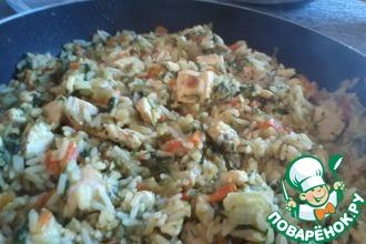 Солнечный рис с курицей, овощами и чечевицей