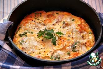 Омлет с лососем, горошком и моцареллой