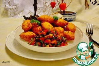 Крабовые пышки с томатной сальсой