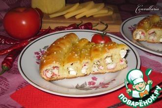 Пирог с брынзой и крабовыми палочками