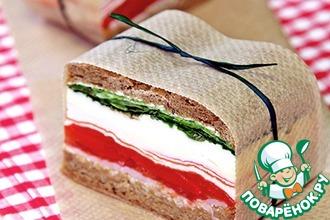 Прессованные сэндвичи в итальянском стиле