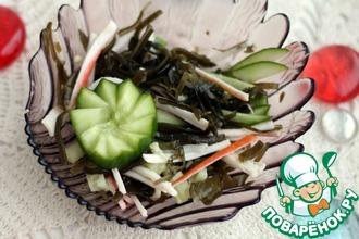 Салат с морской капустой и огурцом