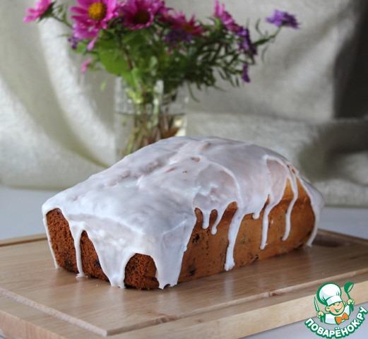 Готовый кекс посыпать сахарной пудрой. На мой вкус кексы нравится покрывать глазурью.