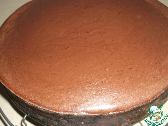 Вынимаем пирог из духовки, освобождаем от разъёмного кольца и оставляем остужаться на решётке.   Дать полностью остыть, наберитесь терпения!