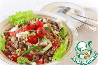 Салат с овощами, приготовленными в мультиварке