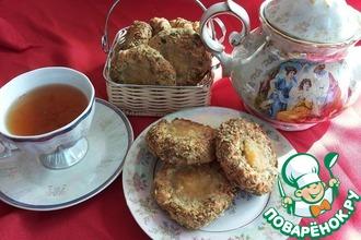Ореховое печенье с заварным кремом