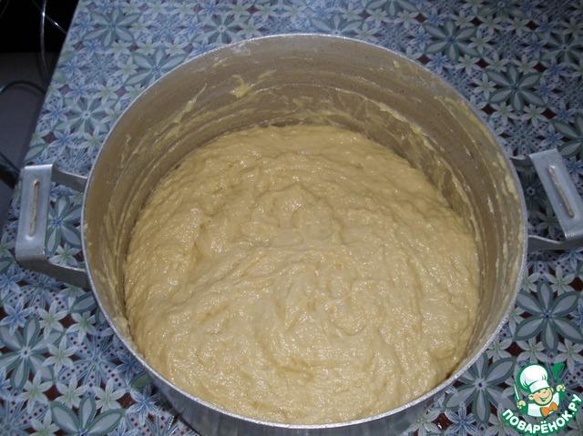 Когда тесто побродило 12 часов, добавить ваниль, просеянную муку. Не круто!