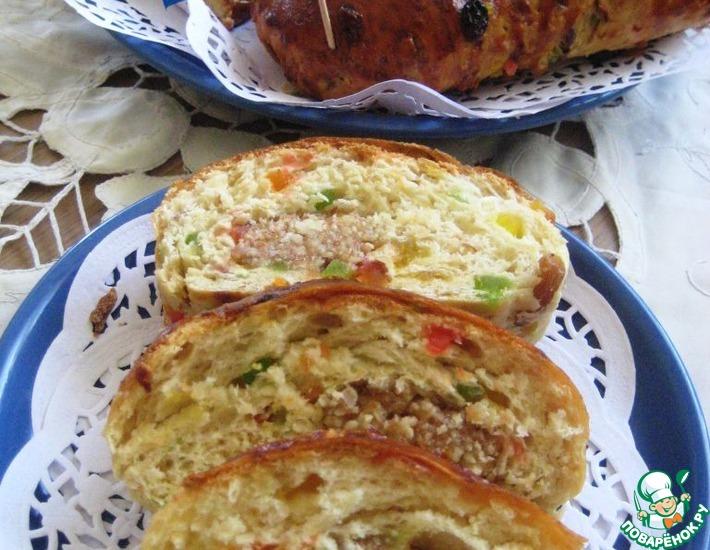 Голландский пасхальный хлеб