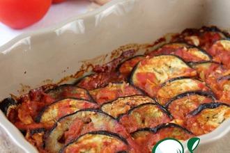 Баклажаны, запеченные под томатно-коричным соусом