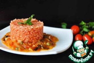 Томатный рис с соусом маринара и каперсами