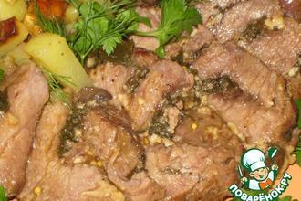 Говядина «Копченая» в клюквенном соусе