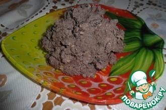 Паштет из куриной печени с черносливом и орехами