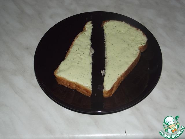 Соус получился очень вкусным, стоило мне на минутку отвернуться тарелка тут же стала пустой))) муж и сын сняли пробу)