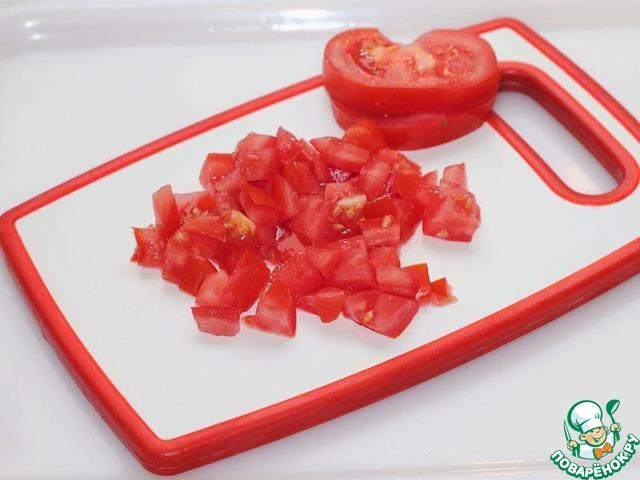И помидоры.