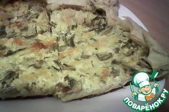 Пирог с грибами, сметаной и луком