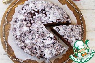 Пирог из цельнозерновой муки с вишней