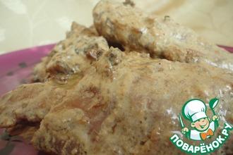 Куриные бедра под сливочно-грибным соусом