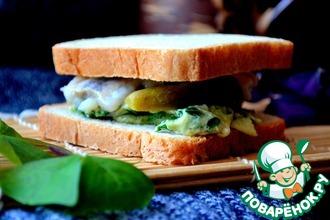 Сэндвич с сельдью и шпинатовым омлетом