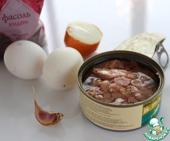 """Главные ингредиенты салата """"Викинг"""". Не знаю, ели ли такой салат викинги, но рецепт взят из кулинарной книги."""