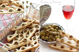 Палочки с оливками
