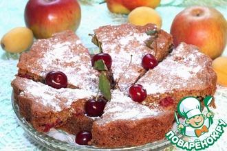 Миндальный пирог с малиной и черникой